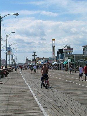 English: Boardwalk at Ocean City, New Jersey D...