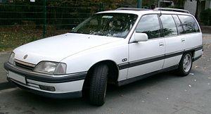 300px-Opel_Omega_A_Caravan_front_2007092