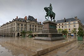 The statue of Jeanne d'Arc, Place du Martroi.