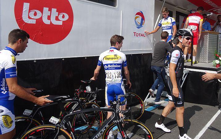 Péronnes-lez-Antoing (Antoing) - Tour de Wallonie, étape 2, 27 juillet 2014, départ (C059).JPG