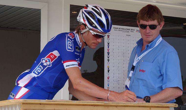 Péronnes-lez-Antoing (Antoing) - Tour de Wallonie, étape 2, 27 juillet 2014, départ (C087).JPG