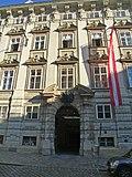Palais_Starhemberg-Minoritenplatz_5_Portal.JPG