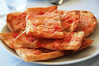 Traditions of Catalonia - The pa amb tomàquet.