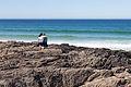 Parella nas rochas da praia das Furnas. Porto do Son. Galiza-2.jpg