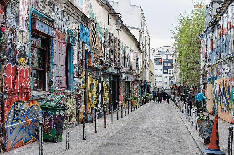 Fichier:Paris Belleville rue Denoyez.jpg