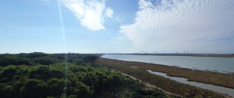 File:Parque Toruños - Cádiz 3 - panoramio.jpg