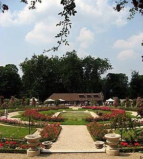 Pavillon normand de la roseraie du Val-de-Marne.