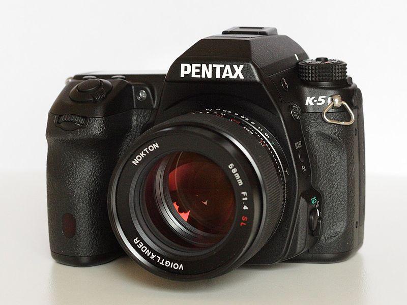 File:Pentax K-5.jpg