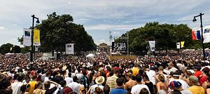 Live 8 concert, Philadelphia - View of Live 8 crowd along the Benjamin Franklin Parkway