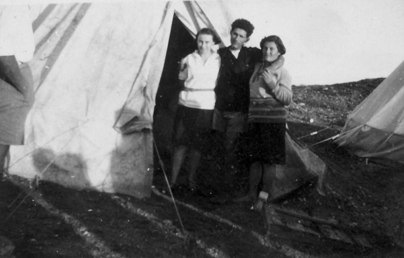 גן-שמואל-אהל משפחה בקיבוץ