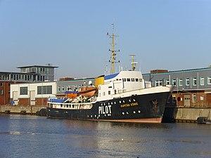 Pilot vessel Kapitän König 2012-02-05.jpg