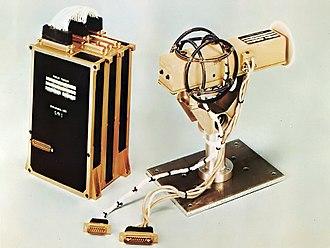 Pioneer 11 - Image: Pioneer 10 11 P50 fx