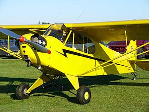 Aeronca Champion - Piper J-3 Cub