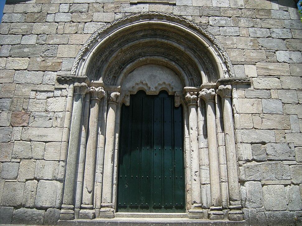 Portada igrexa de San Pedro de Portomarín, Portomarín
