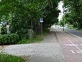 Potsdam, linker Radweg Pappelallee, Einmündung des Stechlinweges - panoramio.jpg