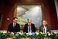 Pressmotet pa Nordiska radets temasession i Reykjavik. Helgi Hjorvar, Kimmo Sassi och Bodil Tingsby.jpg