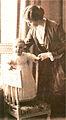 Prins Bertil och hans mor.jpg