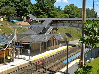 Chestnut Hill West Line - Queen Lane station