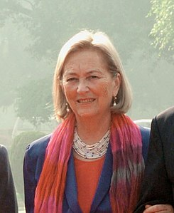 Queen Paola with the President and the Prime Minister of India, and the King Albert II (cropped).jpg
