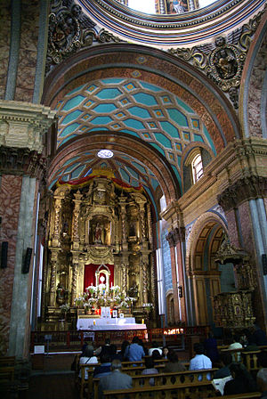 Cathedral of Quito - The high altar of the Metropolitan Cathedral of Quito