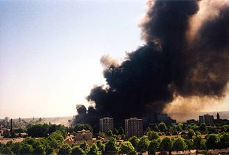 Enschede fireworks disaster - The suburb of Roombeek on fire