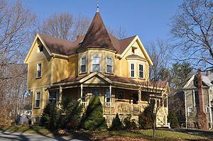 House at 77 Howard Street - Image: Reading MA 77Howard Street