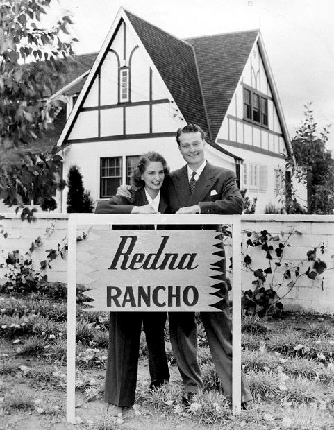 Red and Edna Skelton at home 1942