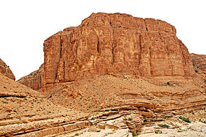 Red beds - Red butte, Selja Gorges, Tunisia