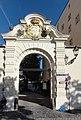 Regensburg – Bismarckplatz und Drei-Mohren-Strasse (Mattes, 2011).jpg