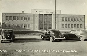 Renville County Courthouse. Photographed in 1940.