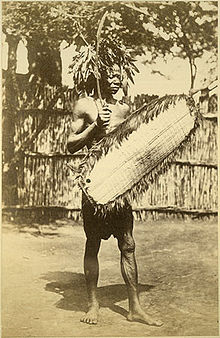 Richard Buchta - Portrait of a Zande (Makaraka) warrior.jpg