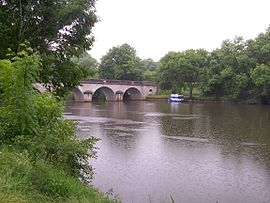 The Mayenne river at Houssay