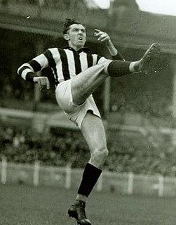 Ron Todd (footballer)