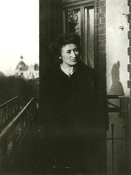 La trágica historia de Rosa Luxemburgo, la polaca que luchó incansablemente por la revolución