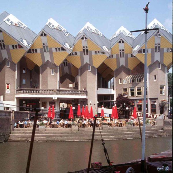 File:Rotterdam Kubushaeuser 20010606.jpg