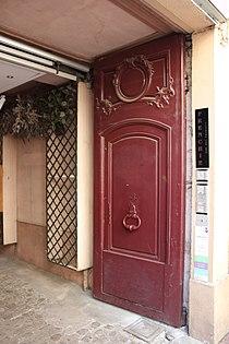 Rouen - 8 rue Beauvoisine - porte 02.jpg