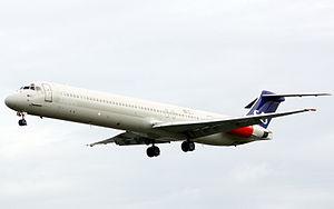 SAS MD-82 LN-ROT.jpg