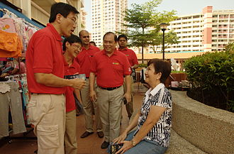 Singapore Democratic Party - An SDP walkabout in Yuhua SMC, 17 April 2011