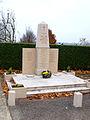 Saint-Rémy-FR-01-monument aux morts-05.jpg