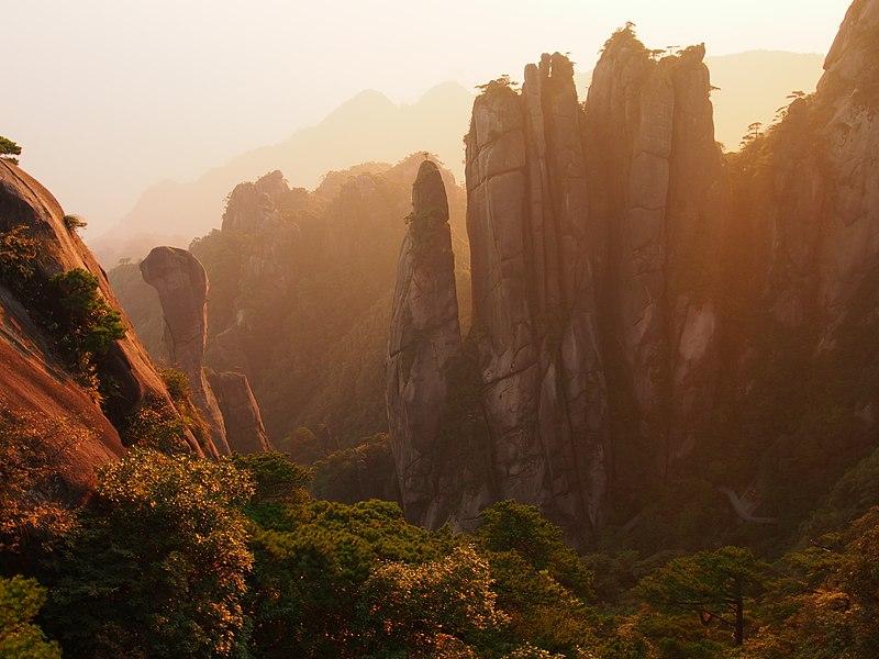 File:Sanqingshan sunrise python.jpg