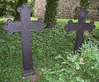 Grab Hagens und seiner Frau Marie Josephine geb. Reynack an der Kirche in Angermünde-Schmiedeberg (Quelle: Wikimedia)