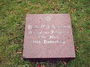 Rudolf Schmundt - Grave at the Invalidenfriedhof, Berlin