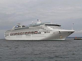 Sun-class cruise ship - Image: Sea Princess departing Vanasadam Tallinn Port of Tallinn 3 July 2016
