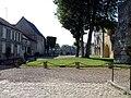 Senlis - Chateau royal 01.jpg