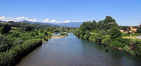Serchio-Flowing-Near-Lucca-2012.JPG