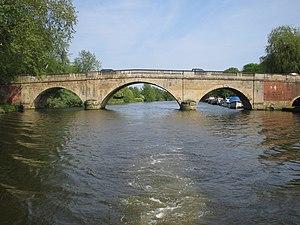Shillingford Bridge - Shillingford Bridge looking downstream