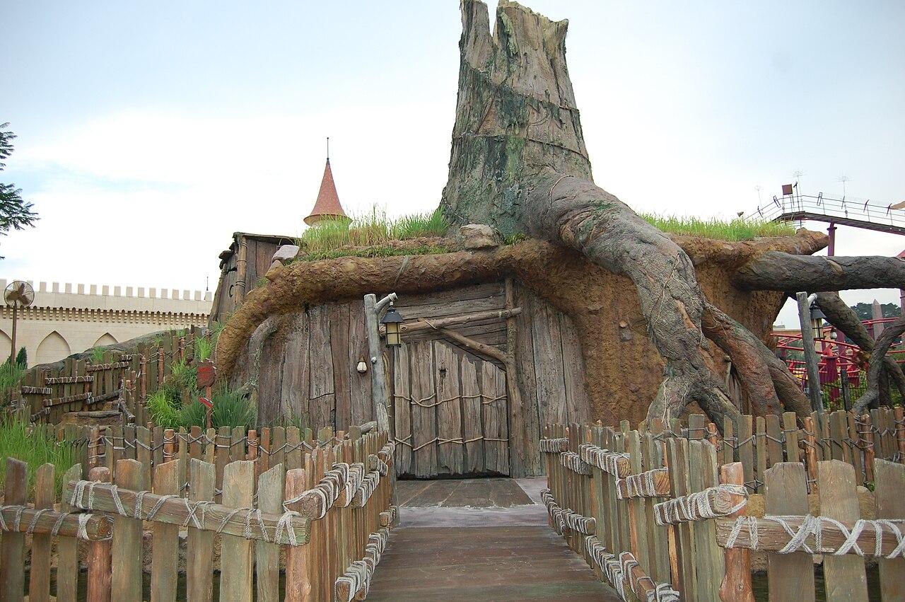 Island Themed Home Decor File Shrek S Swamp Universal Studios Singapore Jpg