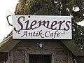 Siemers Antik und Cafe (Flensburg-Blasberg April 2015), Bild 01.jpg