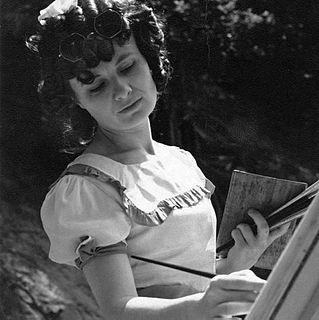 Simone Mary Bouchard