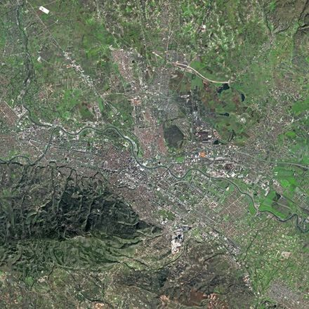 Skopje as seen by the SPOT satellite. Mount Vodno is visible on the bottom left of the picture. Skopje SPOT 1114.jpg